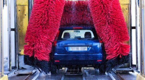 Trucos para lavar el coche de manera rápida y eficiente