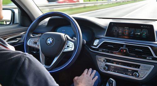 Hacia los coches robot: los cinco niveles del piloto automático