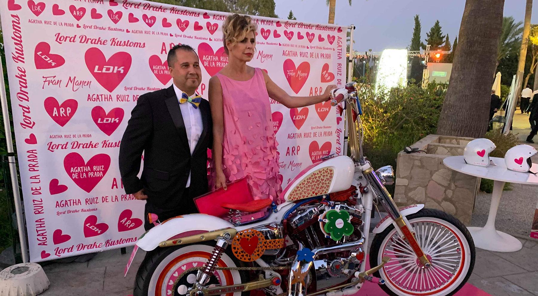 Todos los detalles de la Harley de Ágatha Ruiz de la Prada