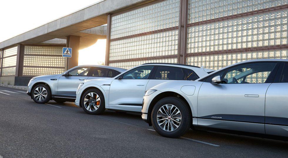 Tres SUV eléctricos 'premium', desde todos los ángulos