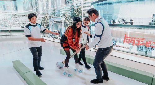 La 'escoba mágica' para moverse en ciudad que triunfa en el Salón de Tokio