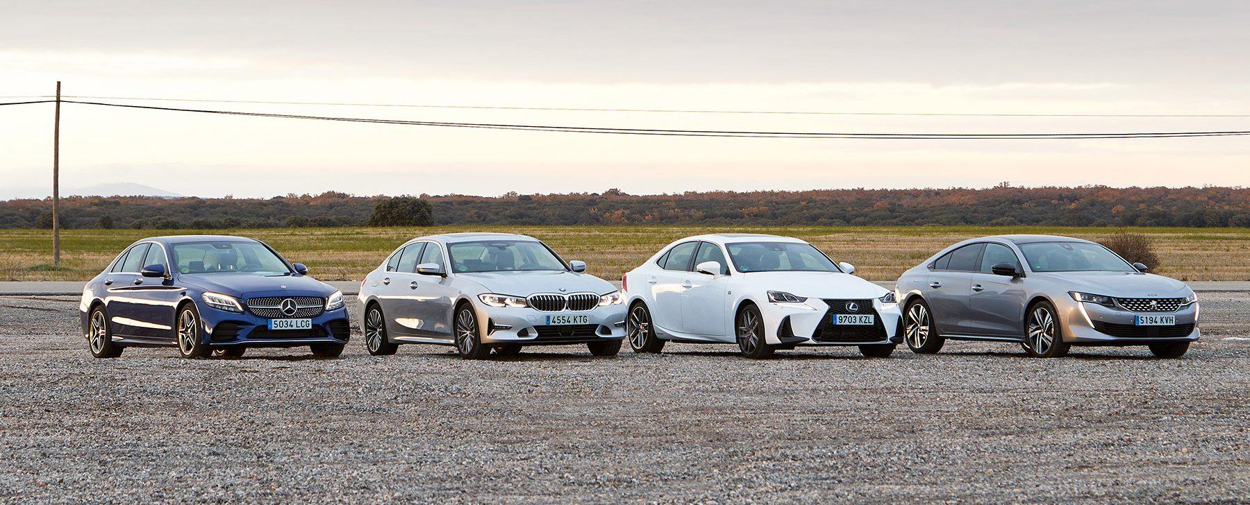 Comparativa: cuatro berlinas modernas como coche único para la familia