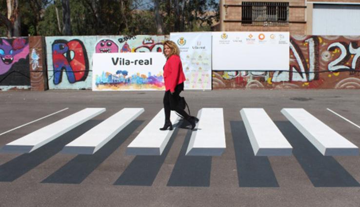 Vila-real estrenó pasos de cebra tridimensionales en 2018.