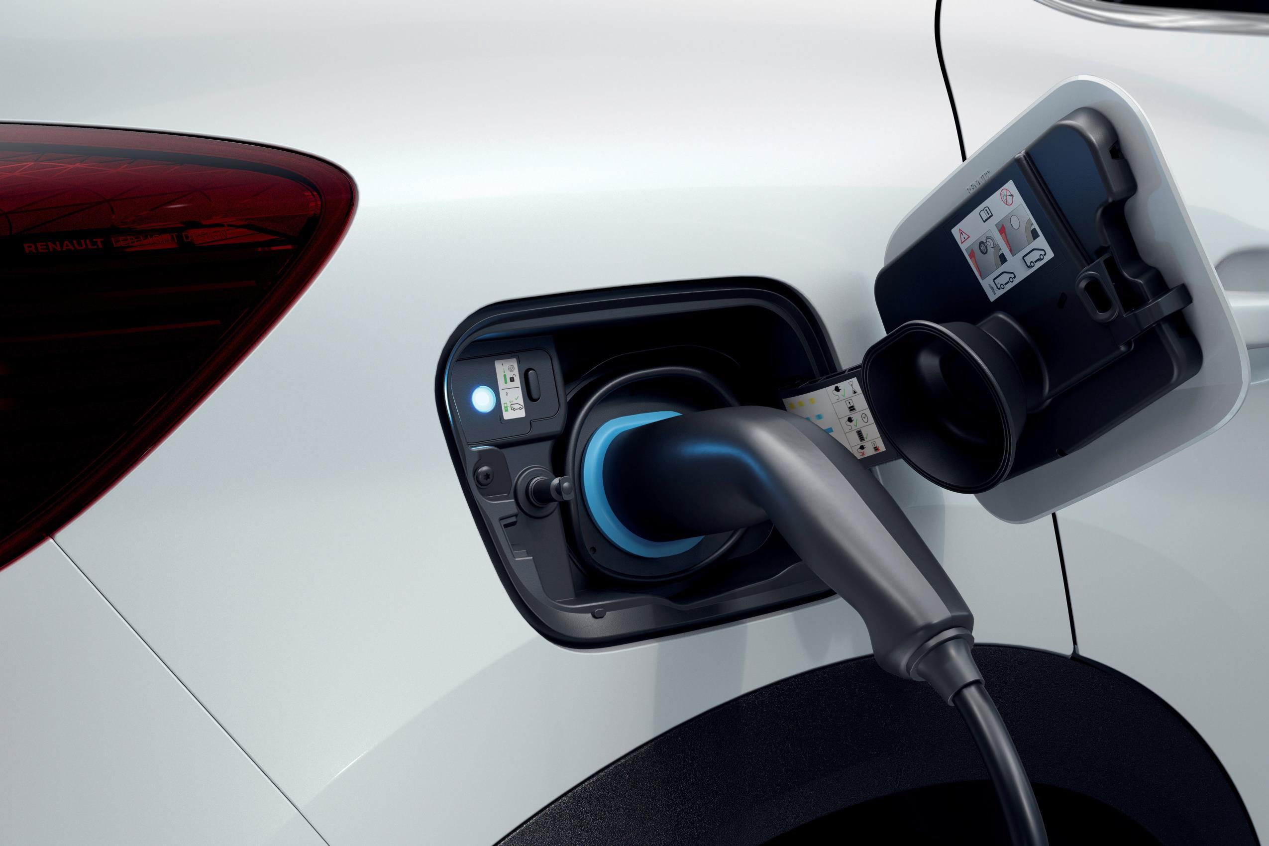 Renault Clio E-Tech y Renault Captur E-Tech Plug In