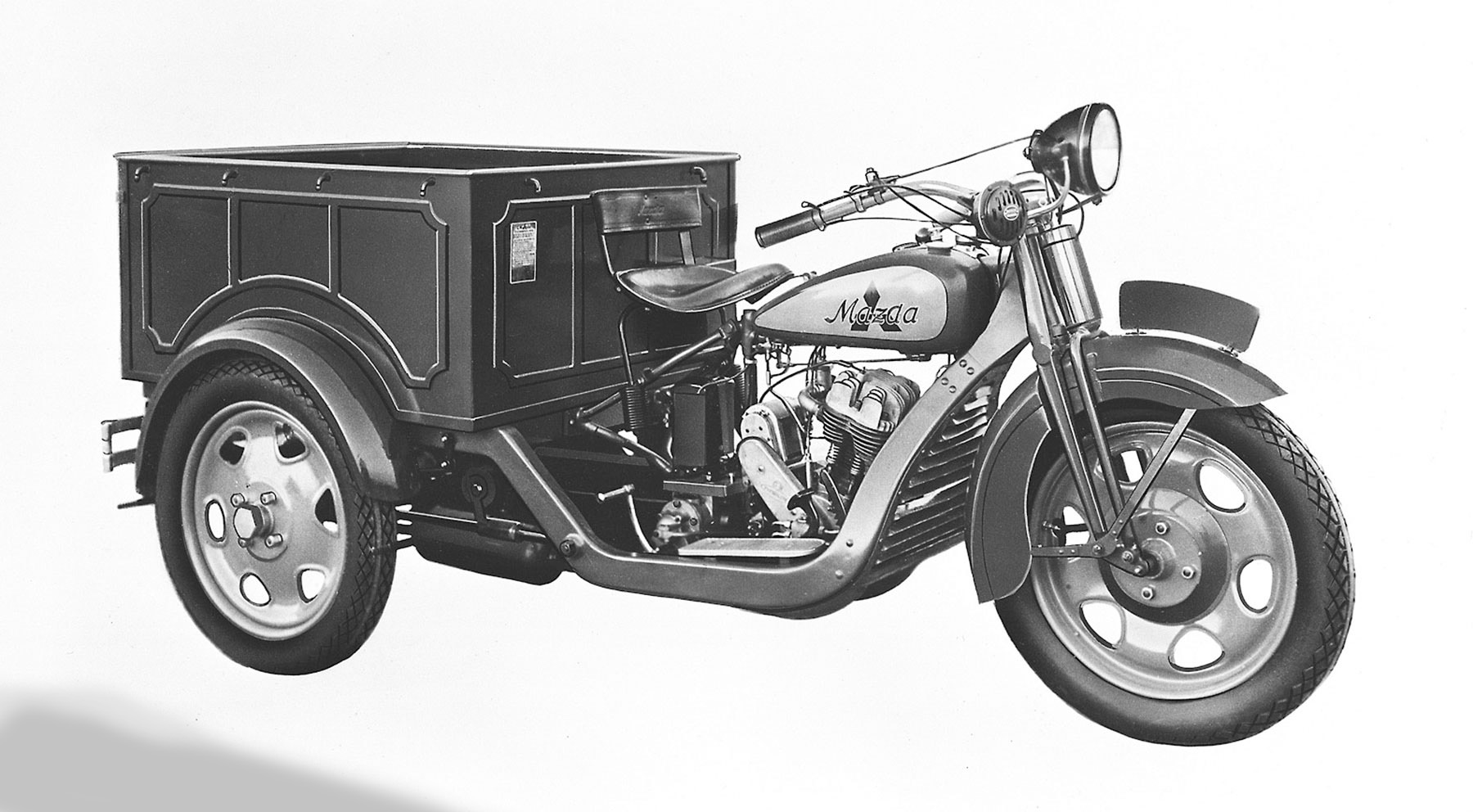 El centenario de Mazda, en imágenes