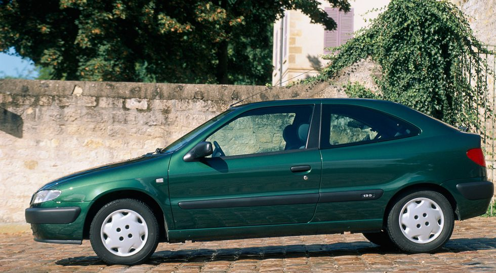 Dos décadas de cambio: los coches que se vendían en 2000