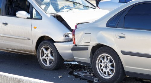 Los seguros desmienten el bulo: sí cubren los accidentes de coche