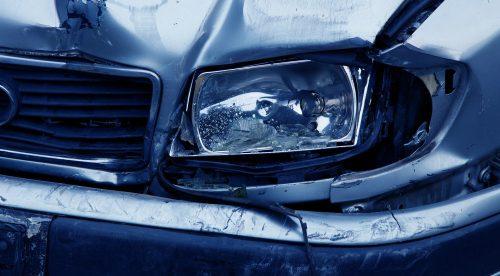 Por qué debes conducir con más cuidado los viernes de mayo