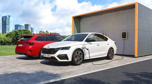 El Skoda Octavia RS será por primera vez híbrido enchufable