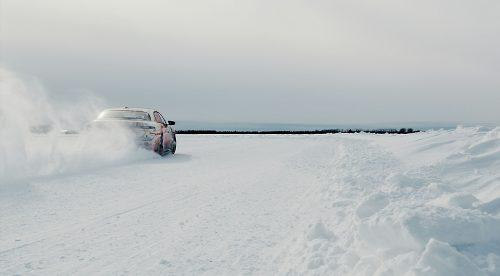 El Lucid Air eléctrico se somete a duros test de invierno