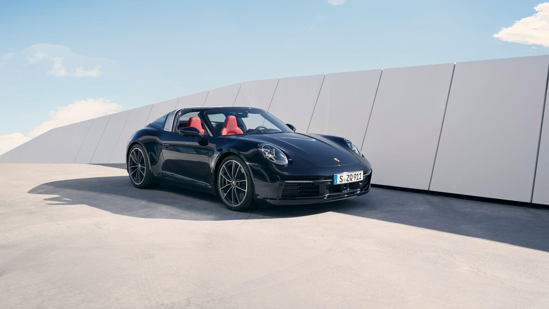 El Porsche 911 Targa recupera la esencia clásica del deportivo   Supercoches   Motor EL PAÍS