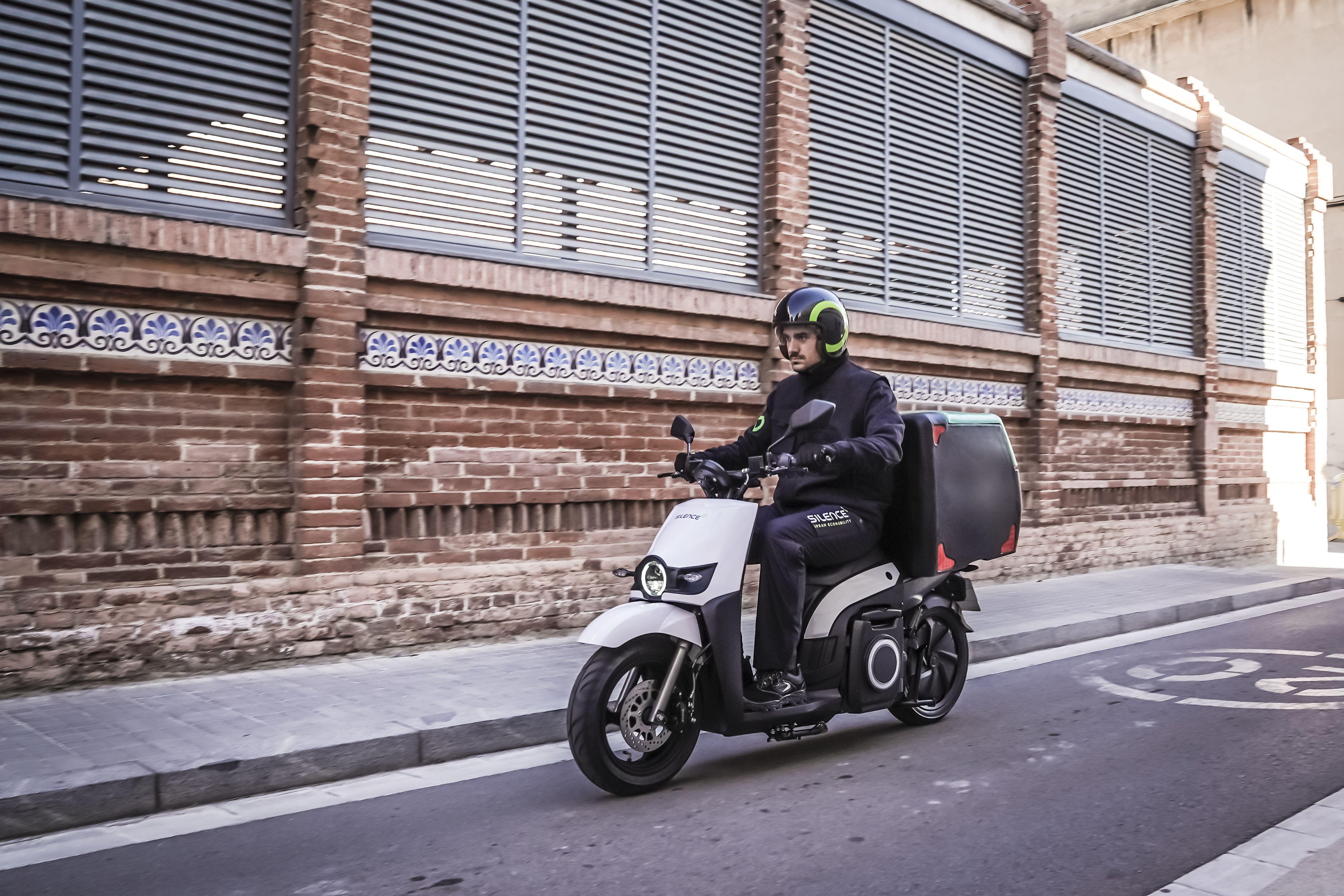 Silence S02 LS, un ciclomotor eléctrico por solo 3.200 euros   Motos   Motor EL PAÍS