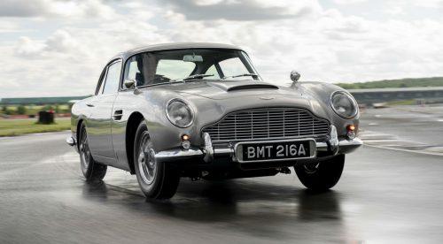El Aston Martin de James Bond vuelve a la vida con todos sus accesorios