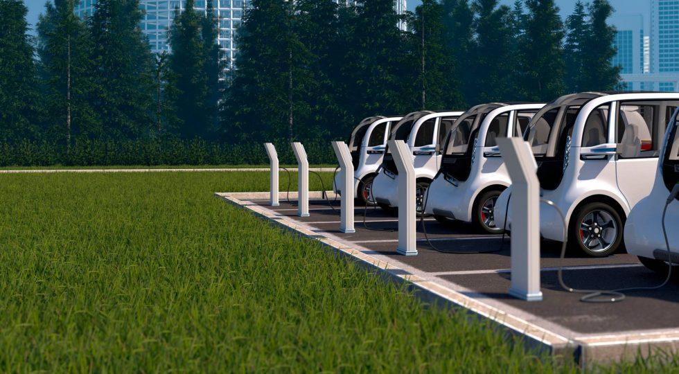 Robots, drones y tráfico de madrugada: las gasolineras del futuro