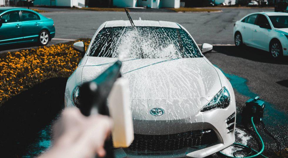 Todo lo que necesitas para dejar el coche tan limpio como el primer día
