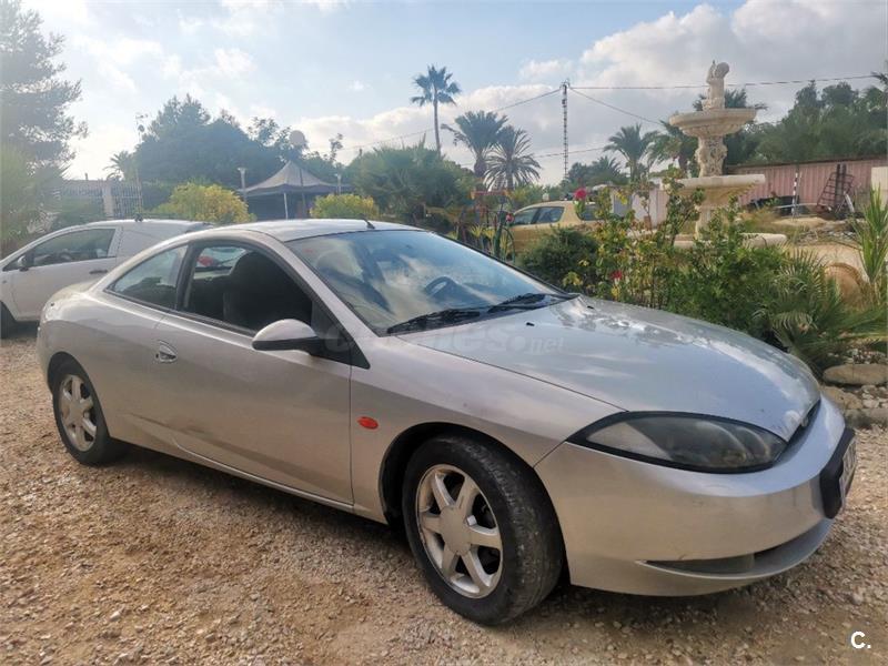 Ocho coches de ocasión por menos de 2.000 euros