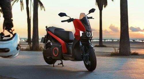 Seat pone a la venta su primera moto eléctrica por 6.250 euros