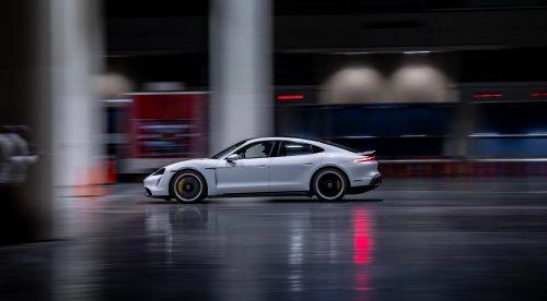 El Porsche Taycan alcanza los 165,1 km/h… dentro de un edificio