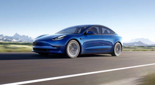 Al volante del Tesla Model 3 2021, un eléctrico de altos vuelos
