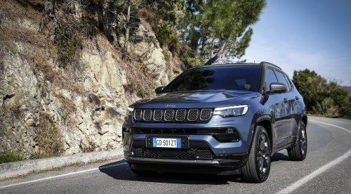 El Jeep Compass 2021 gana calidad interior y ayudas a la conducción