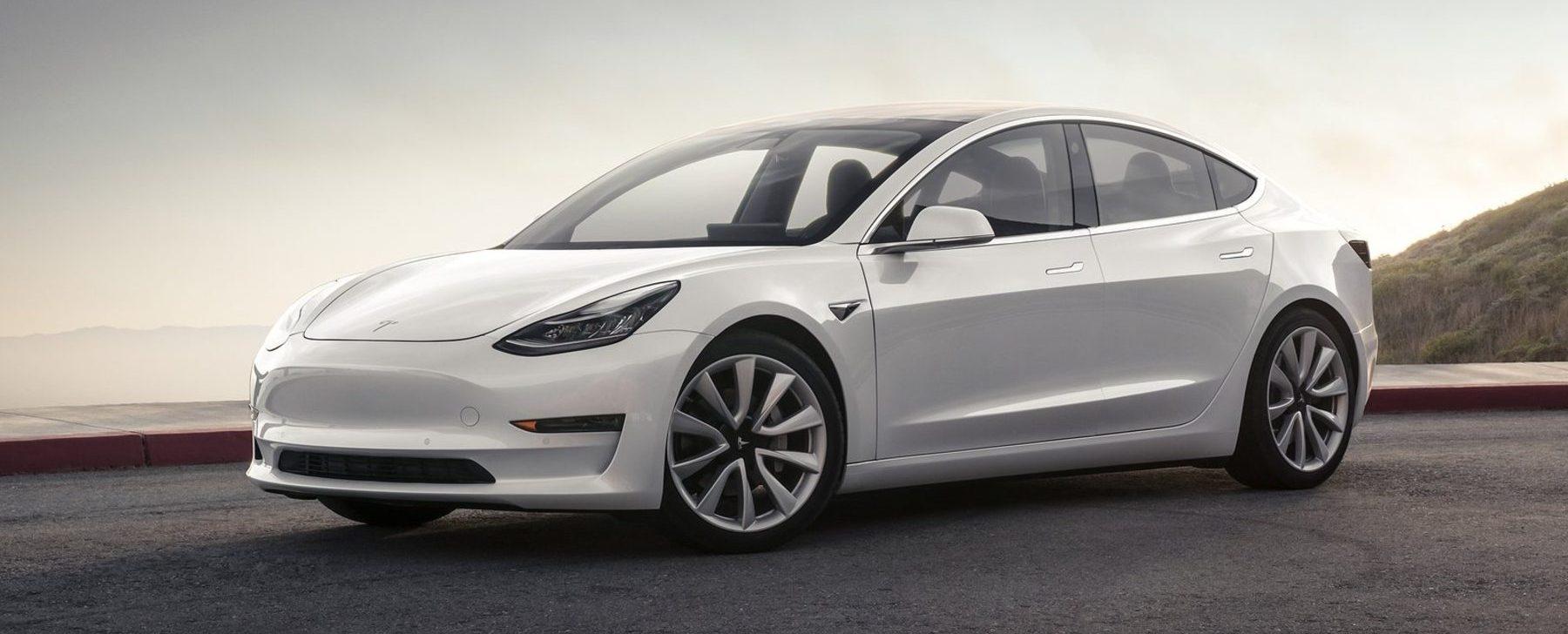 Tesla Model 3 Gran Autonomia