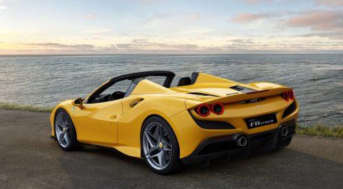 ¿Qué se siente al conducir un Ferrari y un Aston Martin?