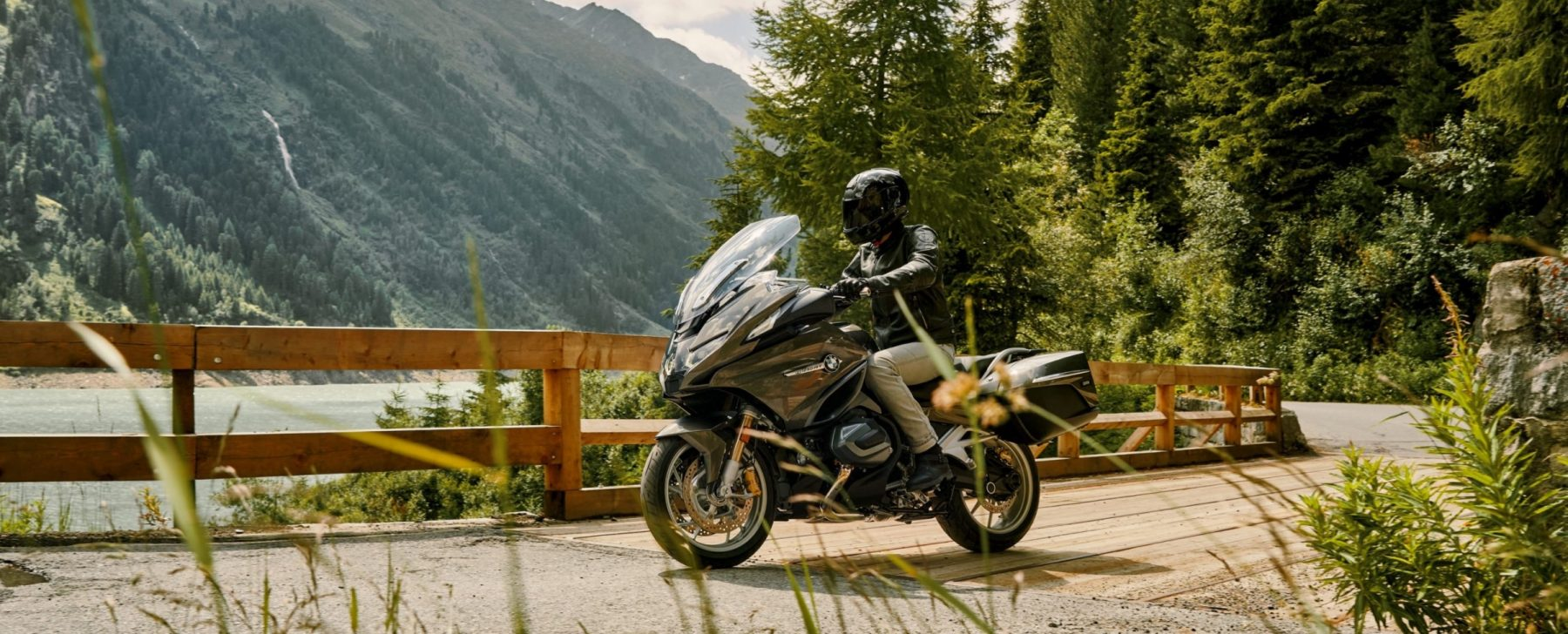 BMW R 1250 RT: una moto grande para viajes grandes