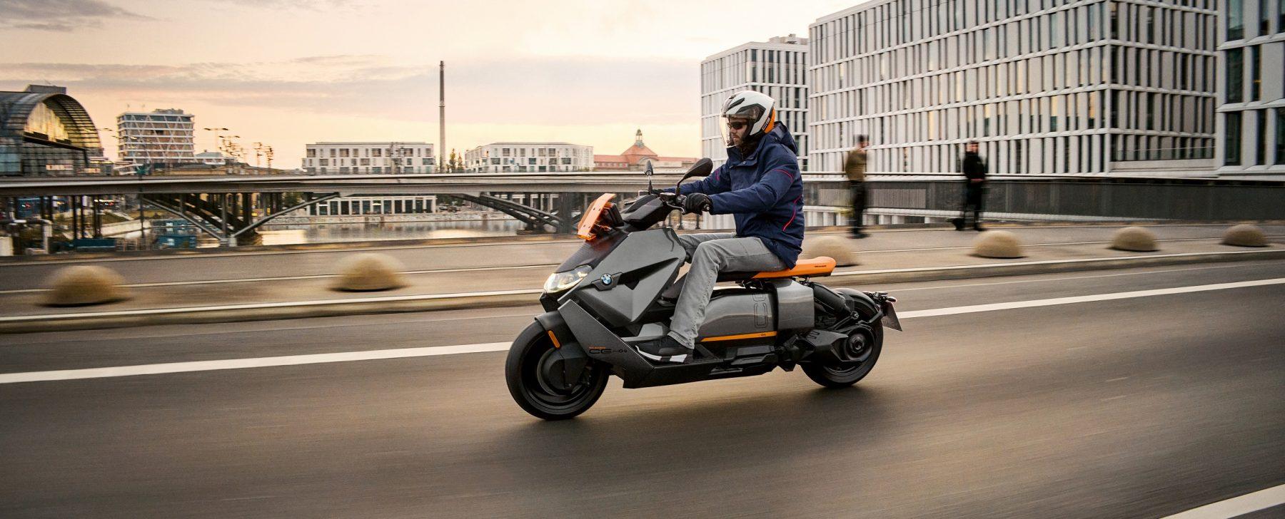 BMW CE01