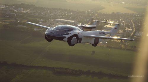 Así ha sido el primer viaje entre ciudades con un coche volador