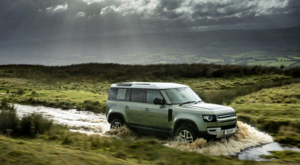 El Land Rover Defender estrena mecánica híbrida enchufable