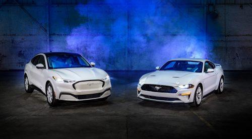 Los Ford Mustang y Mustang Mach-E se visten de punta en blanco