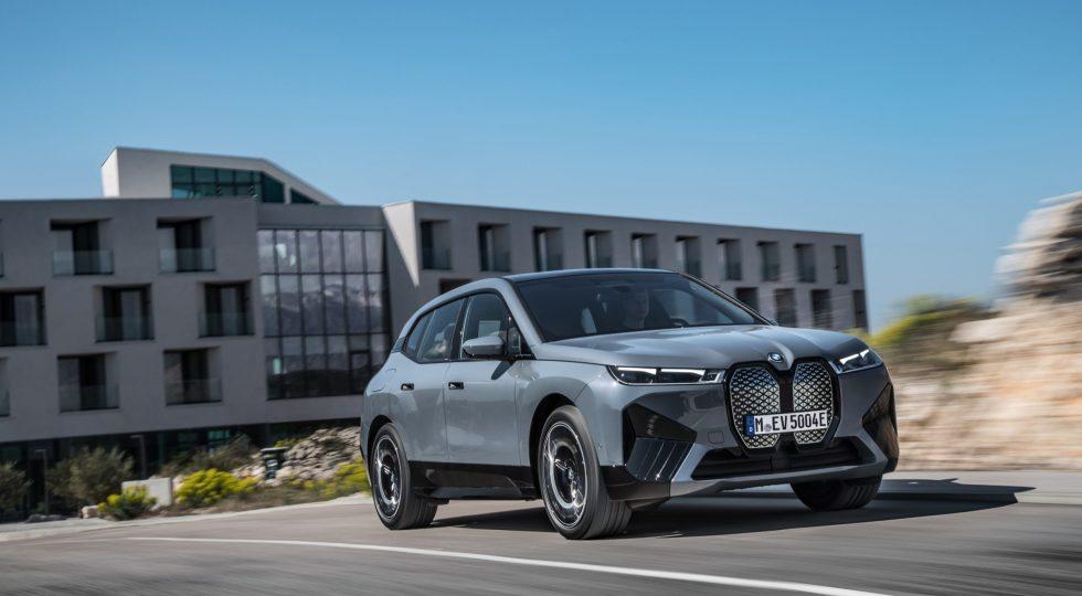 BMW iX, la base de los próximos supereléctricos de la marca