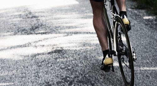 Un ciclista, multado por circular por el arcén y no llevar timbre