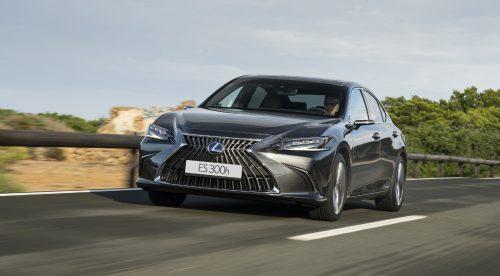 El Lexus ES 300h gana en tecnología y comodidad