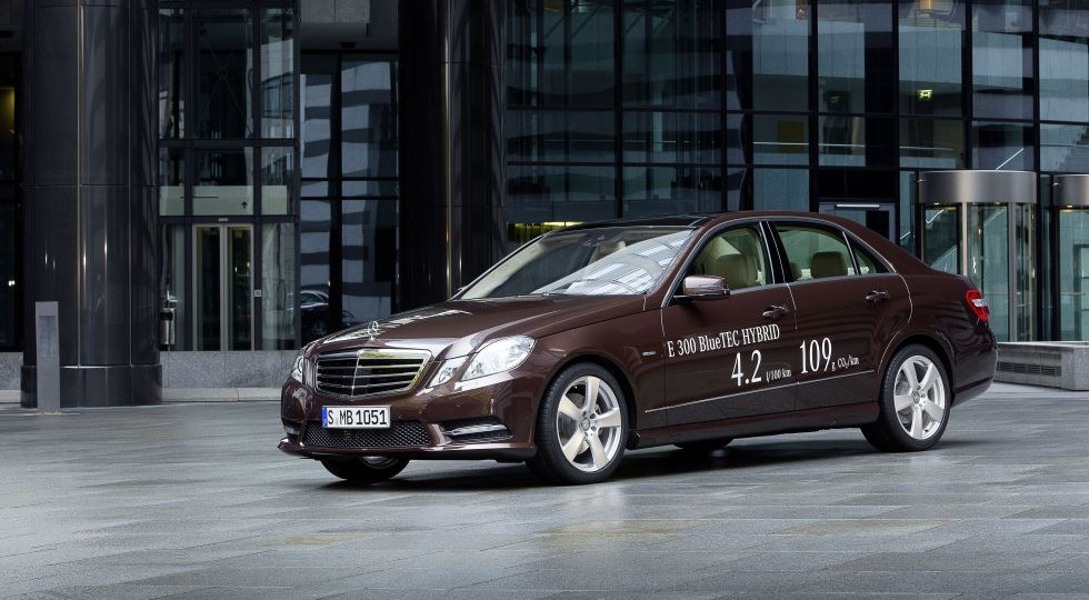 Mercedes anuncia un híbrido de gama alta que consume 4,2 litros