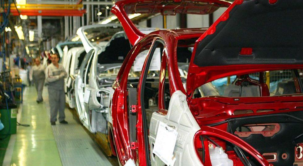 Las ventas de coches caen un 6,3% en Europa en el primer semestre