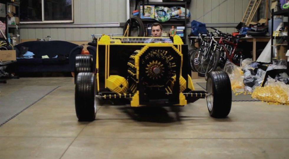 Un coche de Lego ¡que funciona!