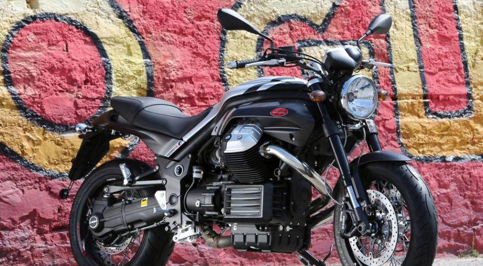 Moto Guzzi 8V Griso Black Devil SE 2014, fuerza italiana