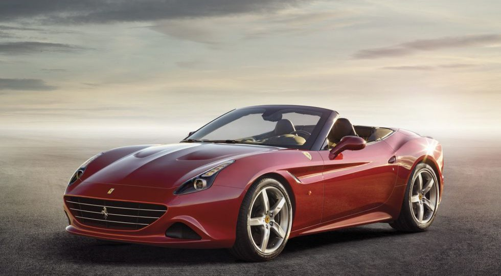 Ferrari California T, lo que importa es el interior