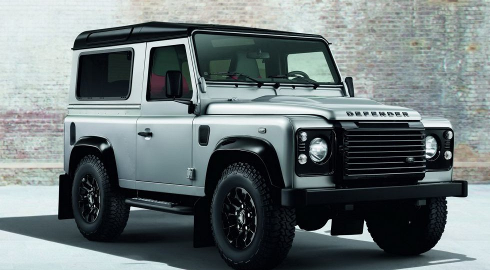 Nuevos Land Rover Defender Silver Pack y Black Pack
