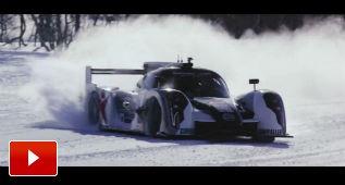 A hacer drift en la nieve