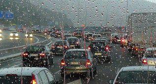 La lluvia en verano: cómo afrontarla con seguridad