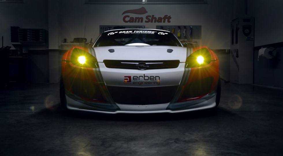 Mädchen & Motoren se acuerda y homenajea al Opel GT