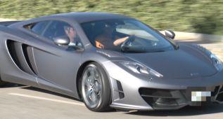 Cristiano causa sensación con su nuevo McLaren MP4