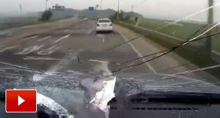Cosas que te pueden golpear mientras estás en la carretera