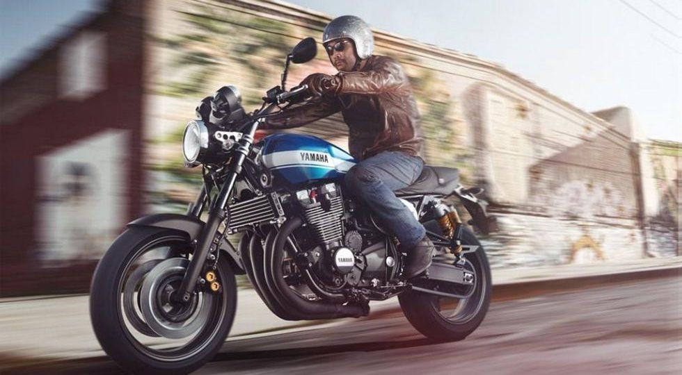 La Yamaha XJR 1300 se renueva