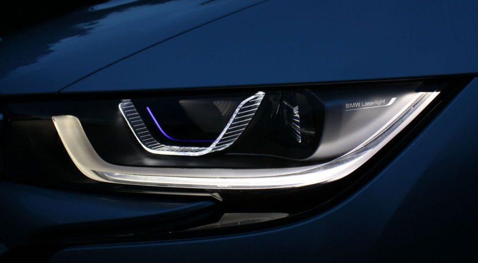 Los faros láser de BMW cuestan más que tu coche (o casi)