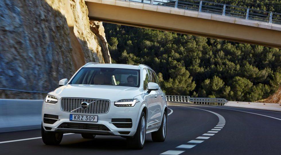 El XC90 híbrido se queda en un consumo de 2,1 l/100 km