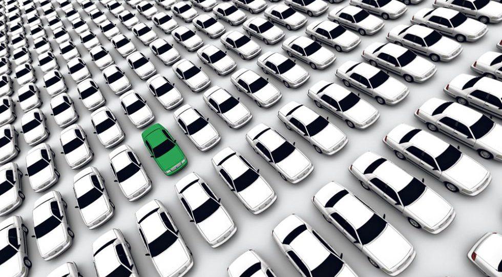 La solución es el coche verde