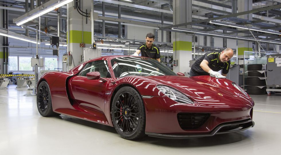 Se acabó: fabricado el último Porsche 918 Spyder